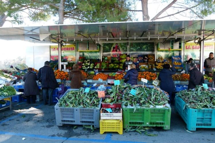 Montepulciano Market