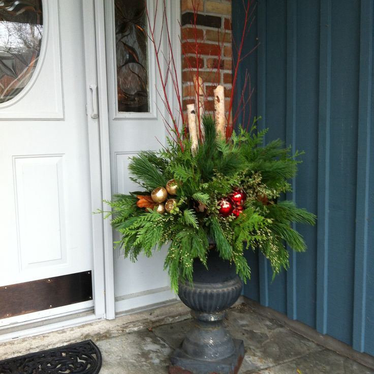 Christmas Urn- Reds and Golds.jpg