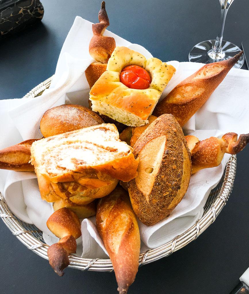 The Bread: 10/10