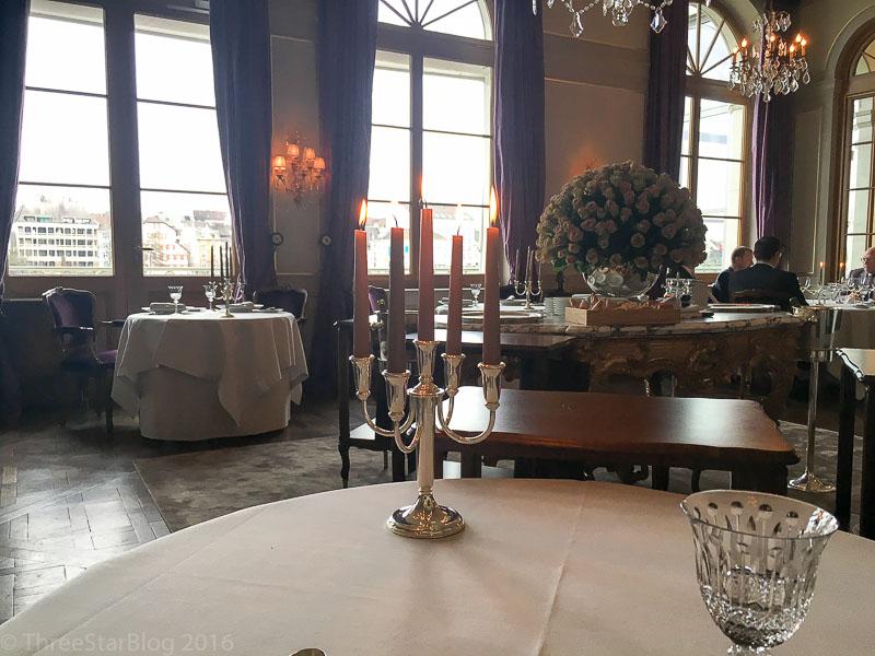 Le Cheval Blanc Interior