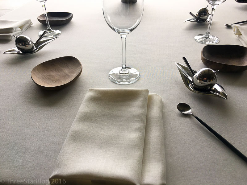Azurmendi Place Setting