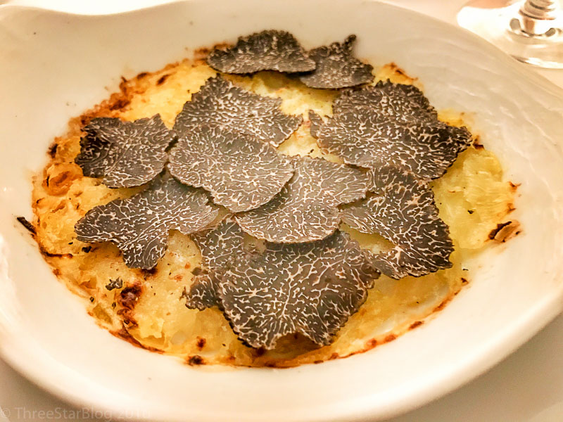 Course 5: Sturon Onion + Black Truffle, 6/10