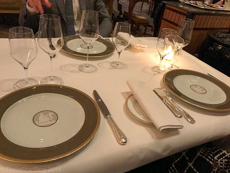 Le Cinq Place Setting
