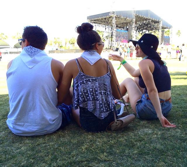 coachella-2015-hats-bandanas.jpg