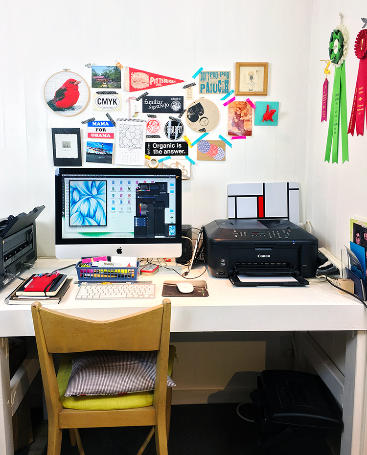 computer-desk.jpg