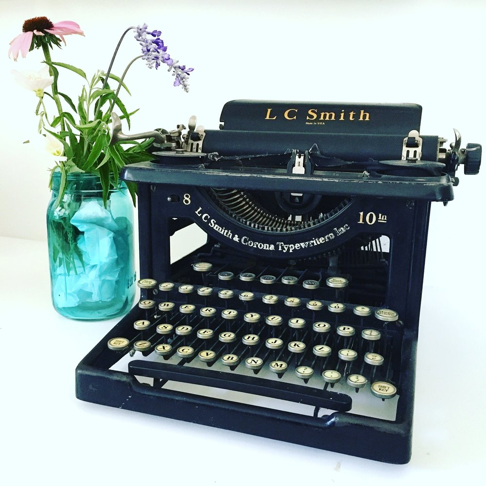 smith-typewriter.jpg