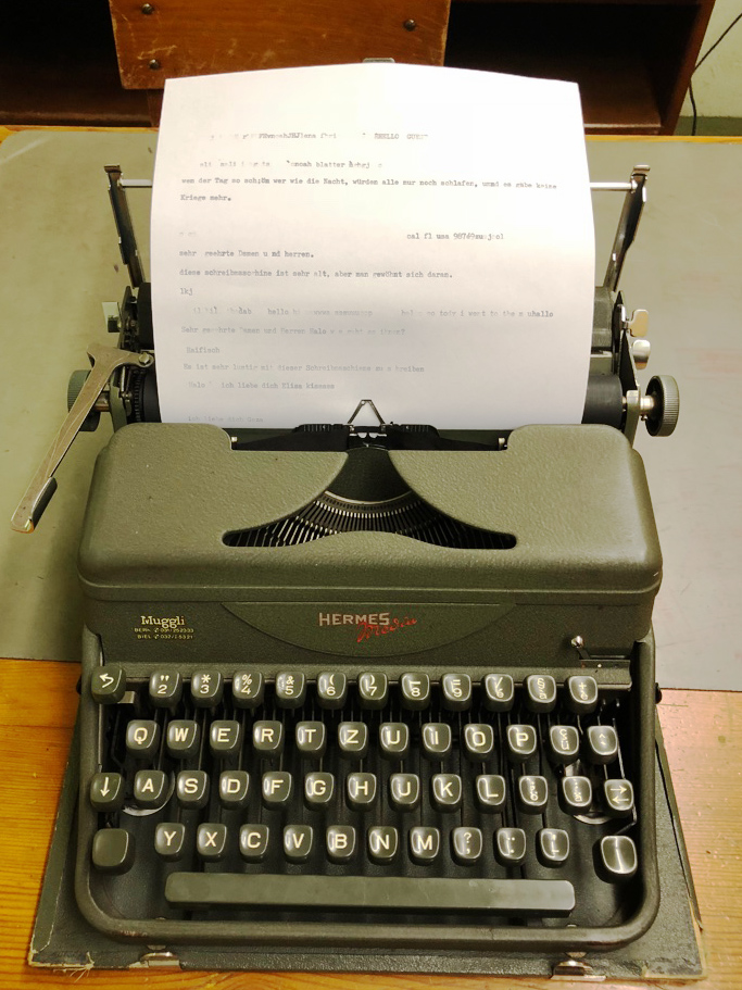 bunker-typewriter.jpg