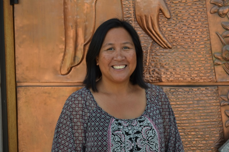 Michelle Fischer, Receptionist