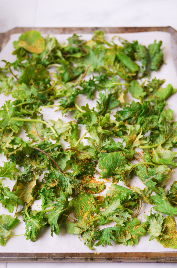 kale-chips-baking-sheet