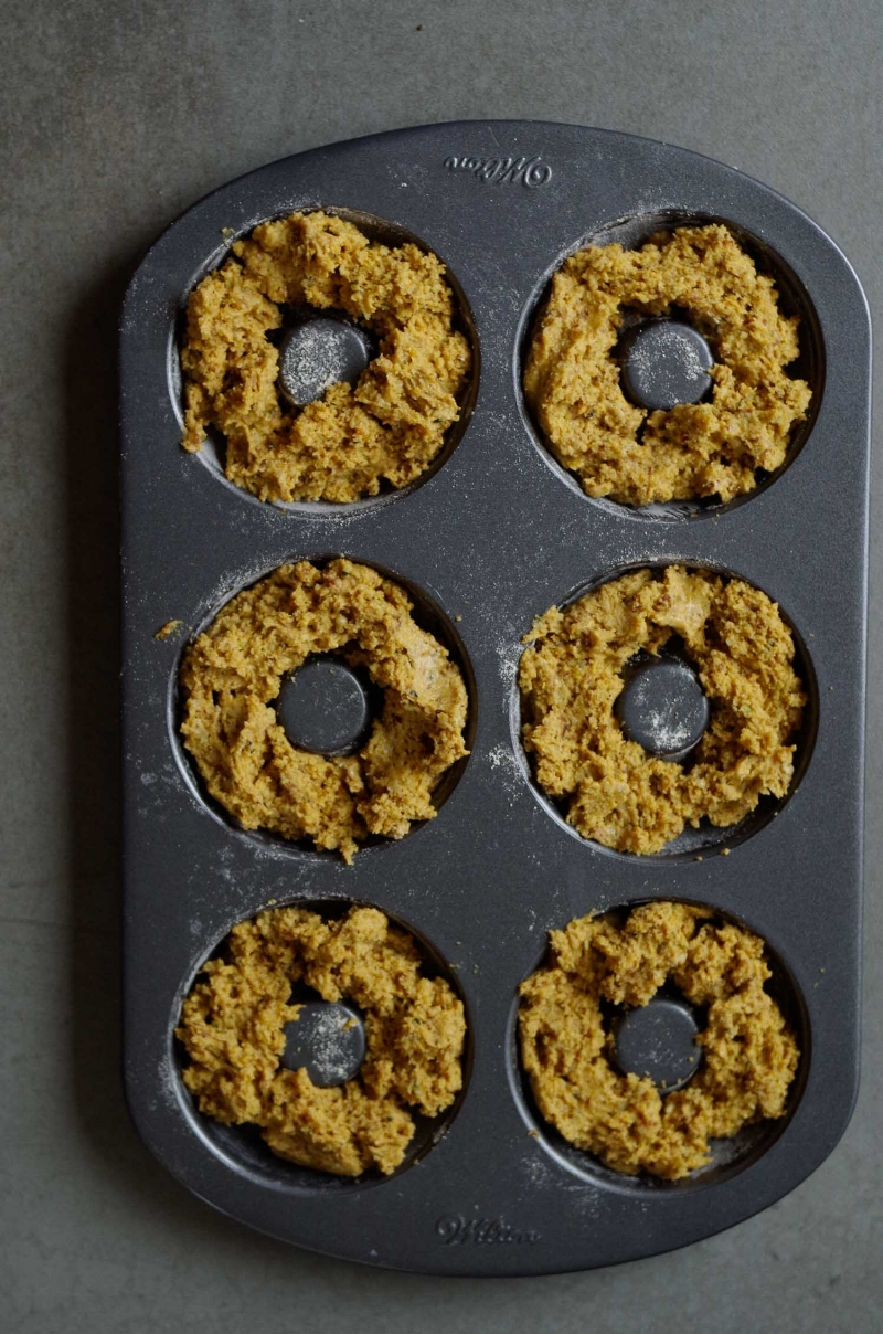 2.  Distribute dough evenly in donut pan.