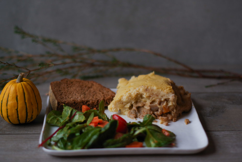 vegan-thanksgiving-in-a-shepherdless-pie