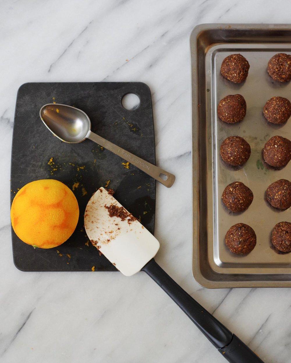 Vegan Chocolate Orange Energy Bites are so easy! by Beautiful Ingredient