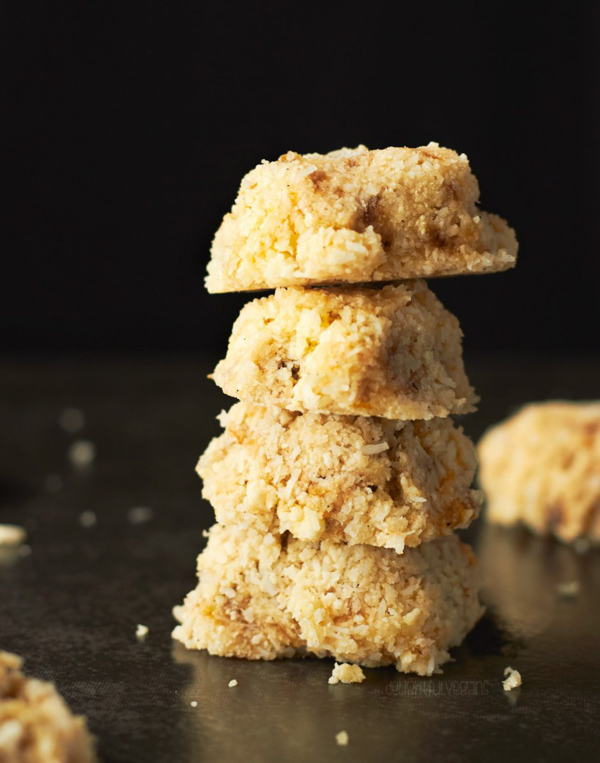 Raw Coconut Banana Lemon Cookies by Delightful Vegans.