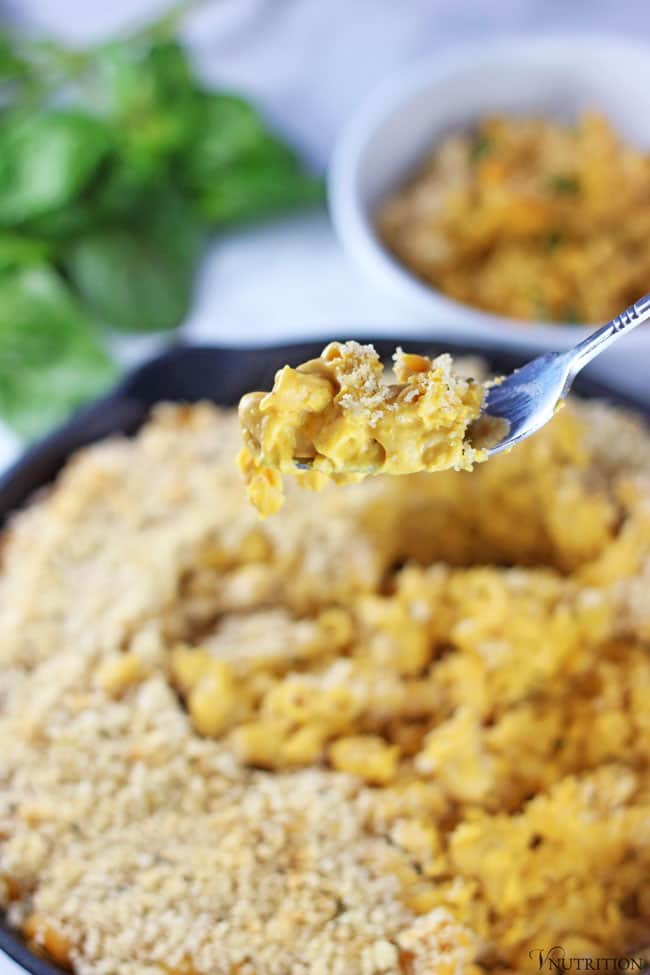 vegan-pumpkin-mac-and-cheese3.jpg