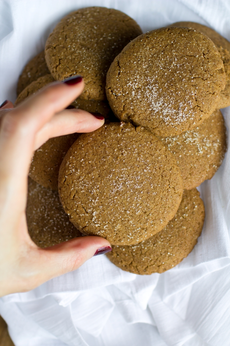 Vegan & Gluten-free coconut Butter Ginger Snaps by Brandi of The Vegan 8
