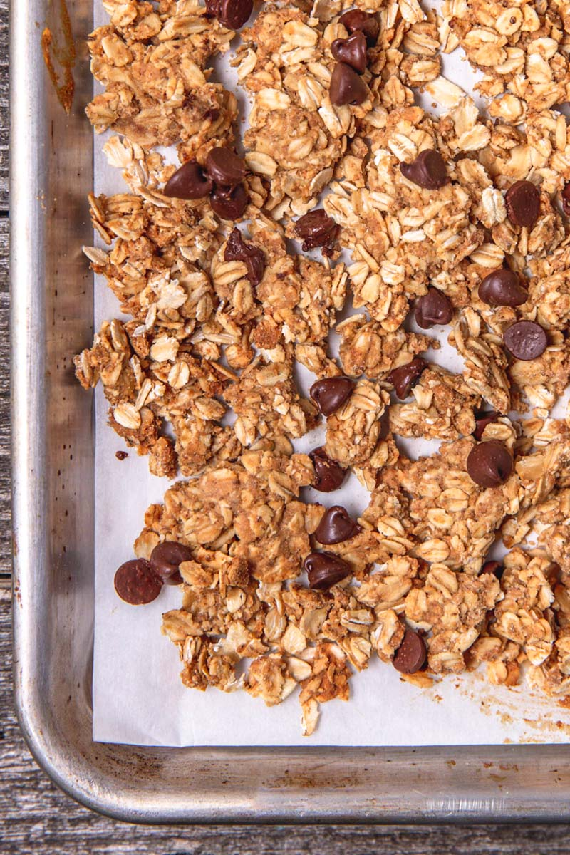 chocolate-peanut-butter-granola.jpg