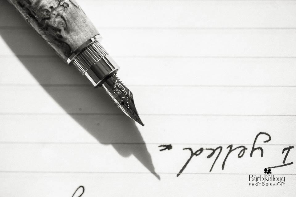 161022_DSC3056_pen_paper_960px.jpg