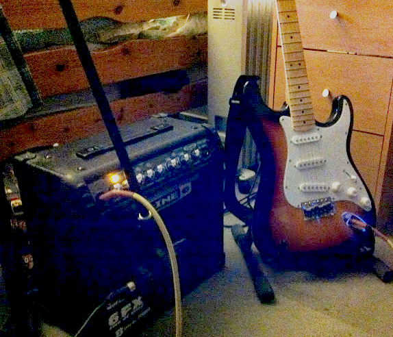 electric guitar recording set-up edit.png