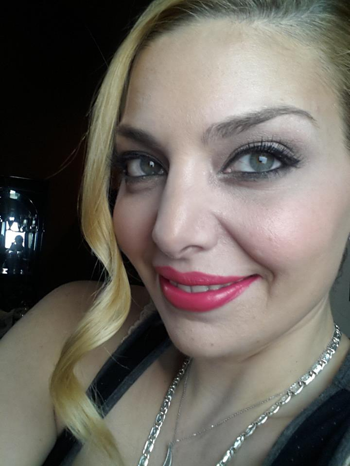 Actress Janet Miranda ready for camera.
