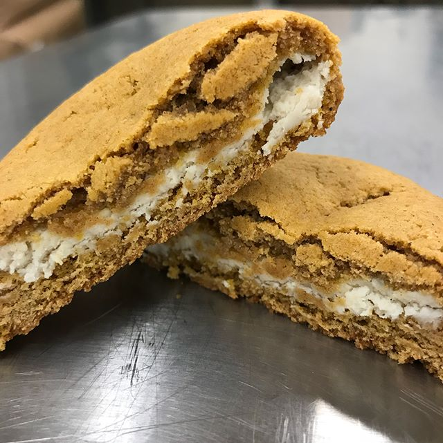 If apple pie ain't you're thing...your mouth will thank you for this cream cheese stuffed pumpkin cookie. #eatlocal #shoplocal #bangormaine #pumpkineverything #eatthisnow