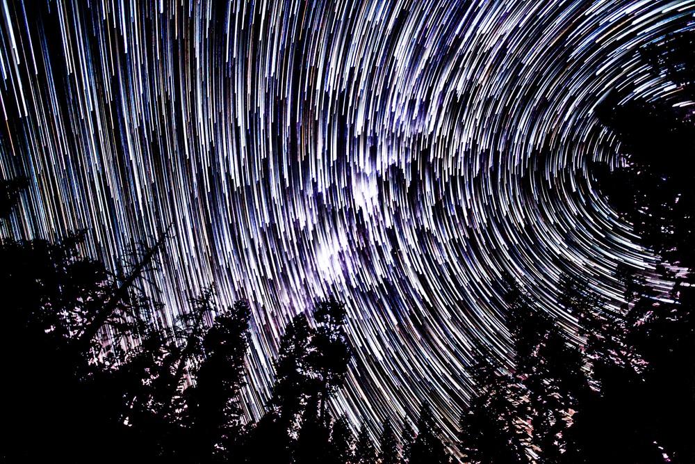 TahoeStarTrail7_comet_highGapFill.jpg