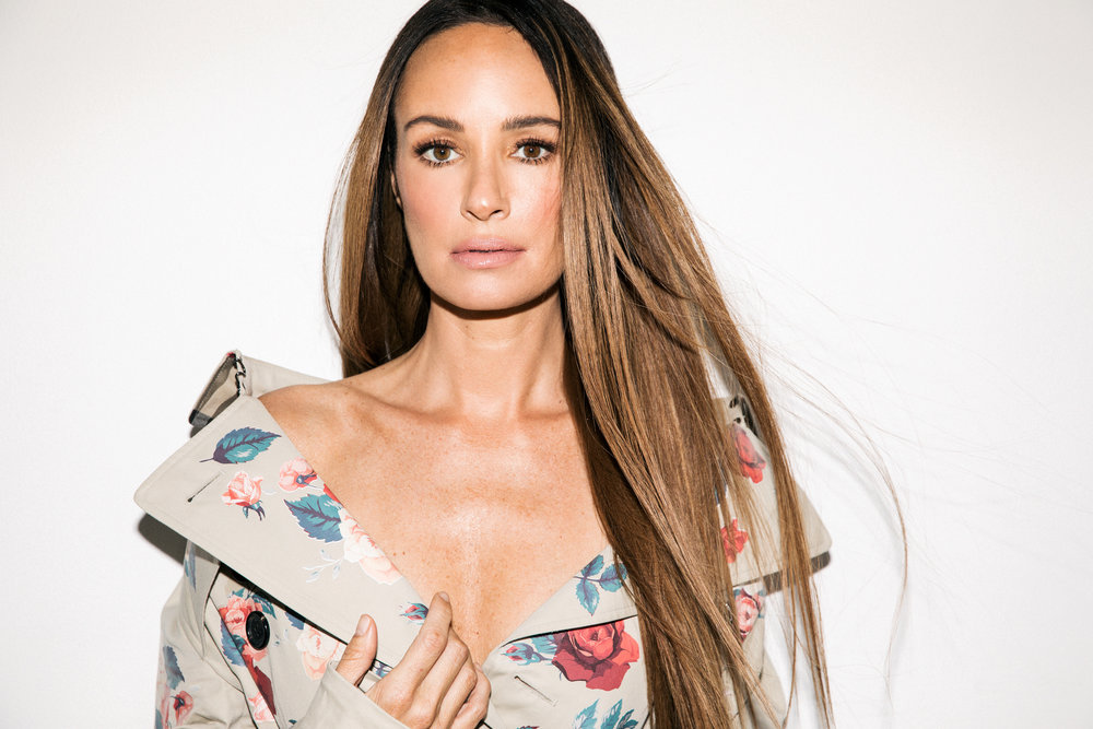 "Catt Sadler<br><p style=""font-size: 10px; font-style: italic; line-height: 10px;"">""The CATTWALK""</p>"