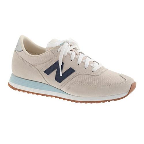 new balance-sneaker