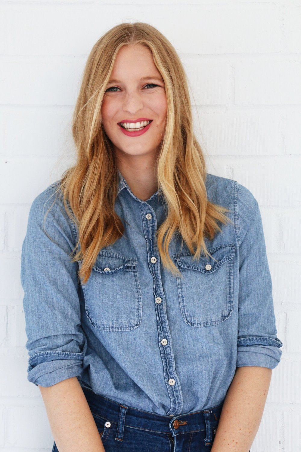 <h3>Lindsey Cook</h3>Editorial Assistant