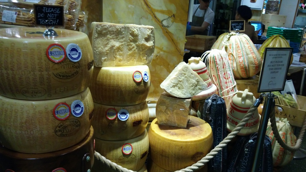 Everything was so fresh and as soon as you walk in, you get a big whiff of strong Italian Cheeses.