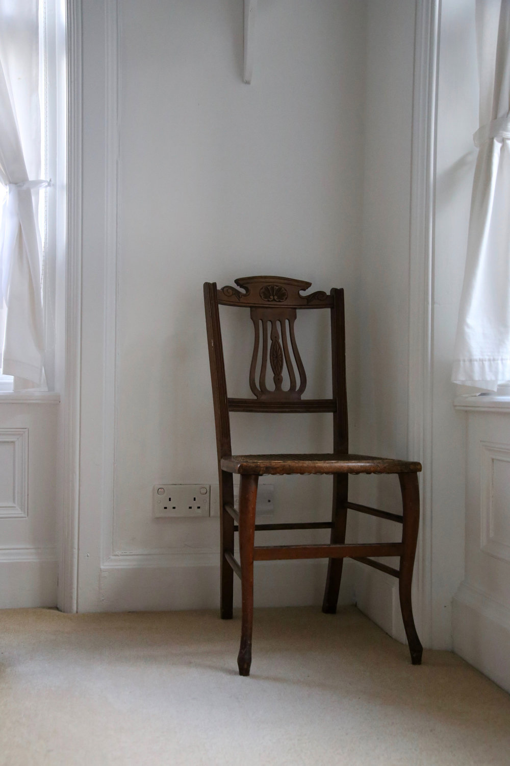 white-chair.jpg