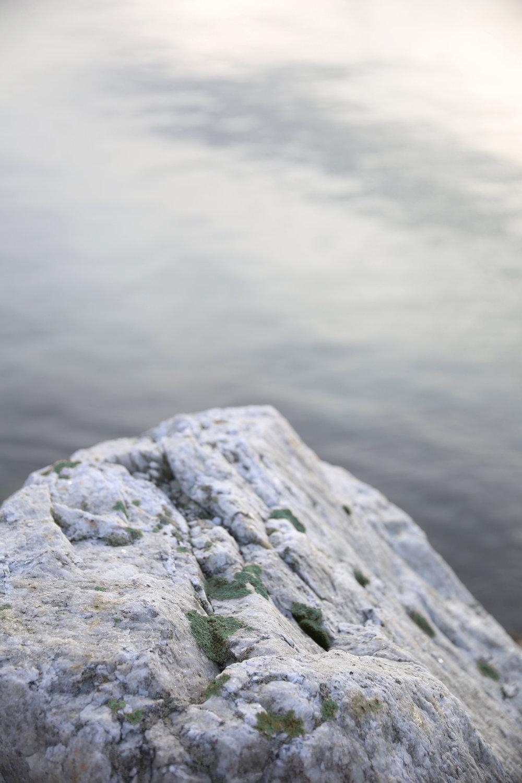 rockgreen.jpg