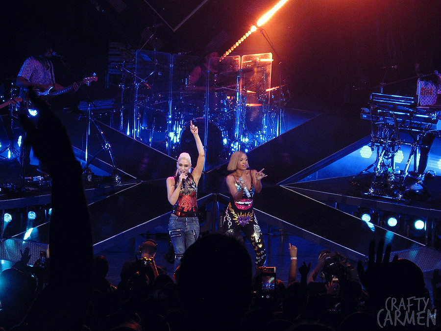 Gwen Stefani: This Is What The Truth Feels Like Tour | craftycarmen
