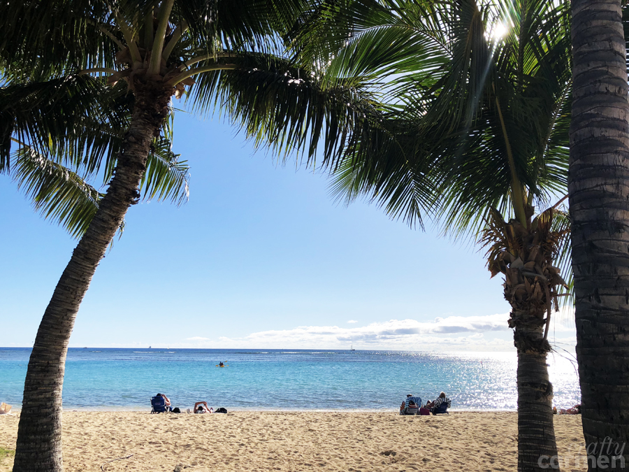 Ala Moana Beach Park in Honolulu, HI | craftycarmen