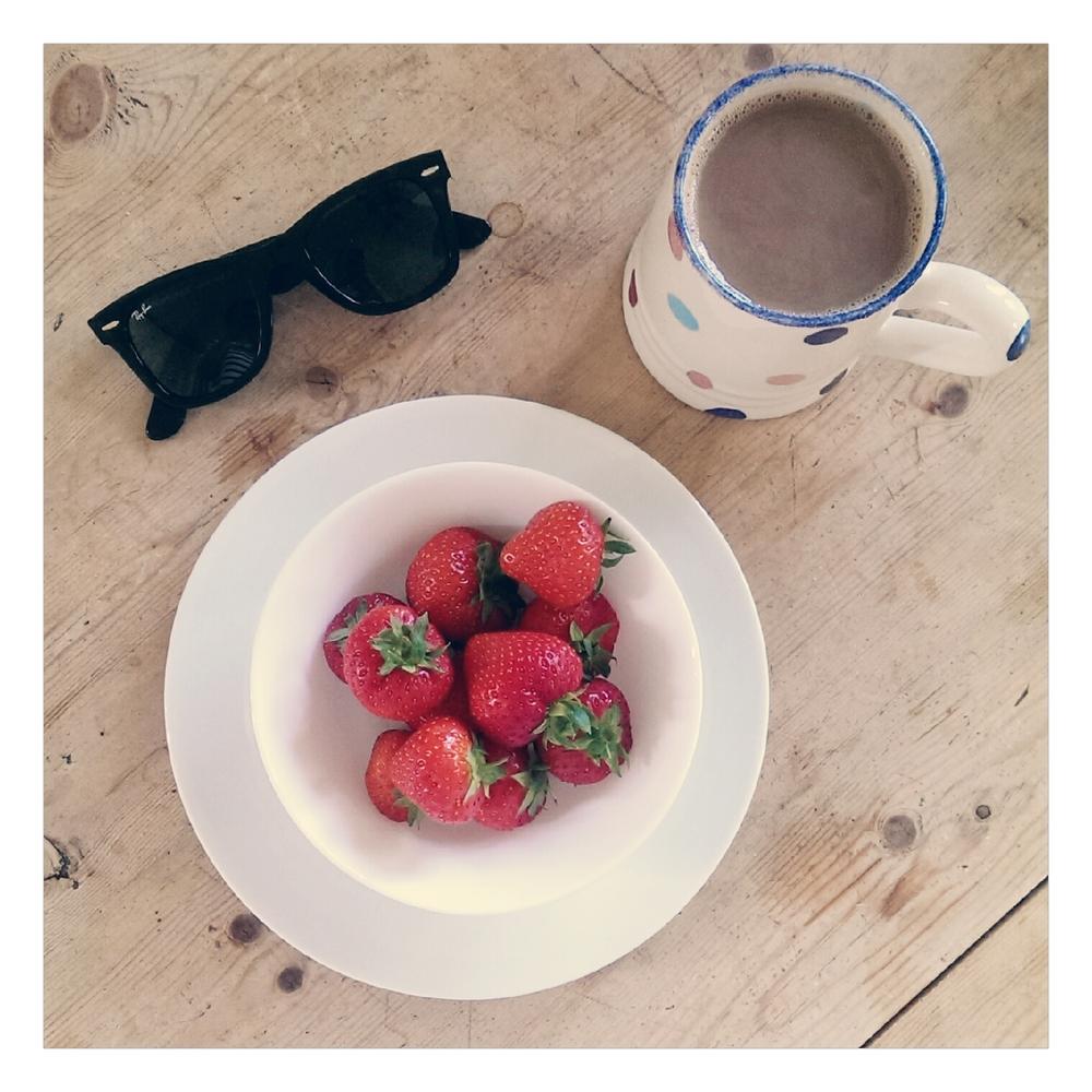 strawberries breakfast - rubelle