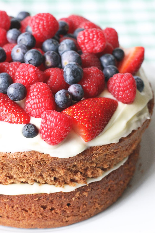 Rubelle || Wedding Anniversary Strawberry Cake