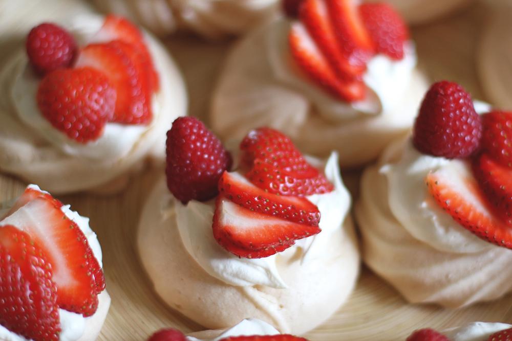 Rubelle || Strawberry meringue
