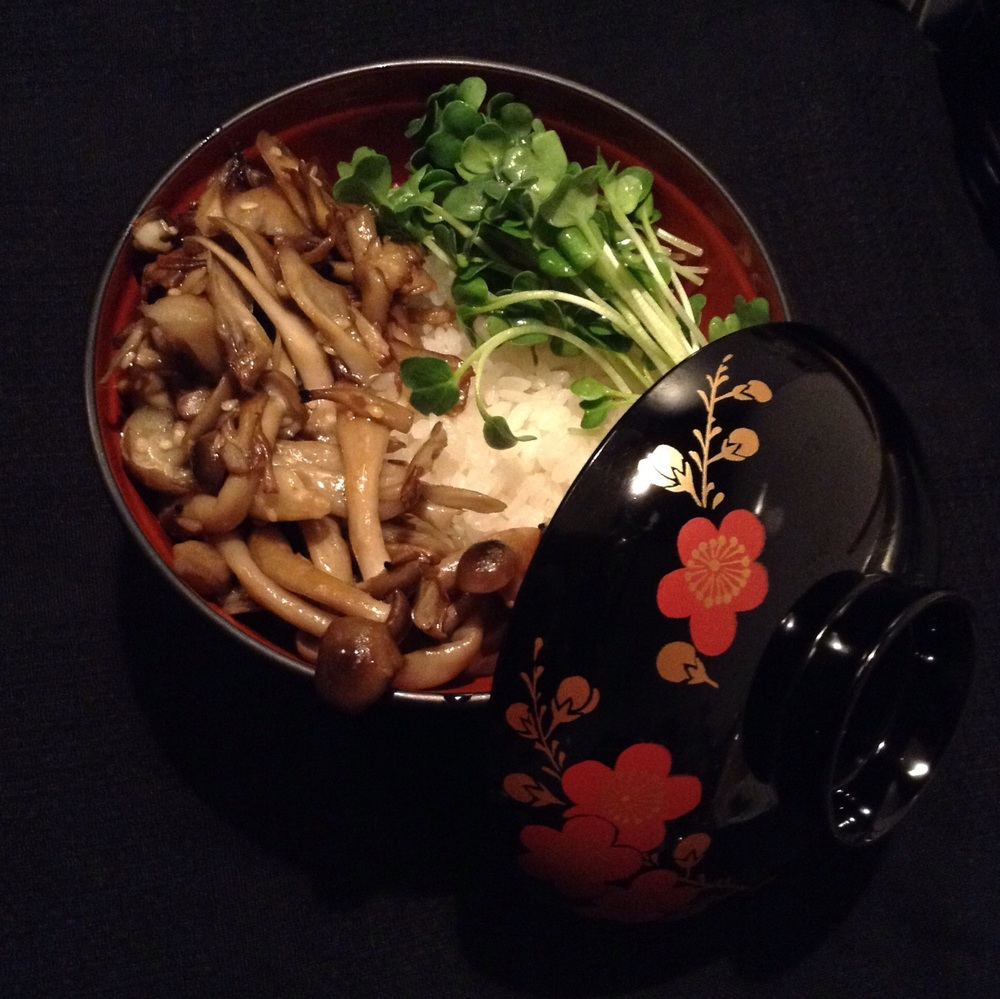 Mushrooms and sprouts donburi