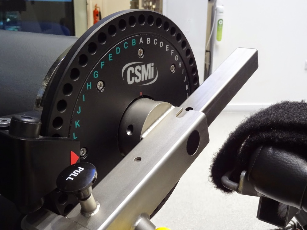 Asics_Lab_Strength_Isokinetic_Dynamometer.JPG