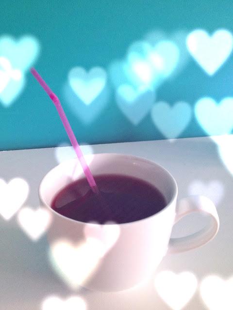 Drink-through-a-straw-juice-coffee.JPG