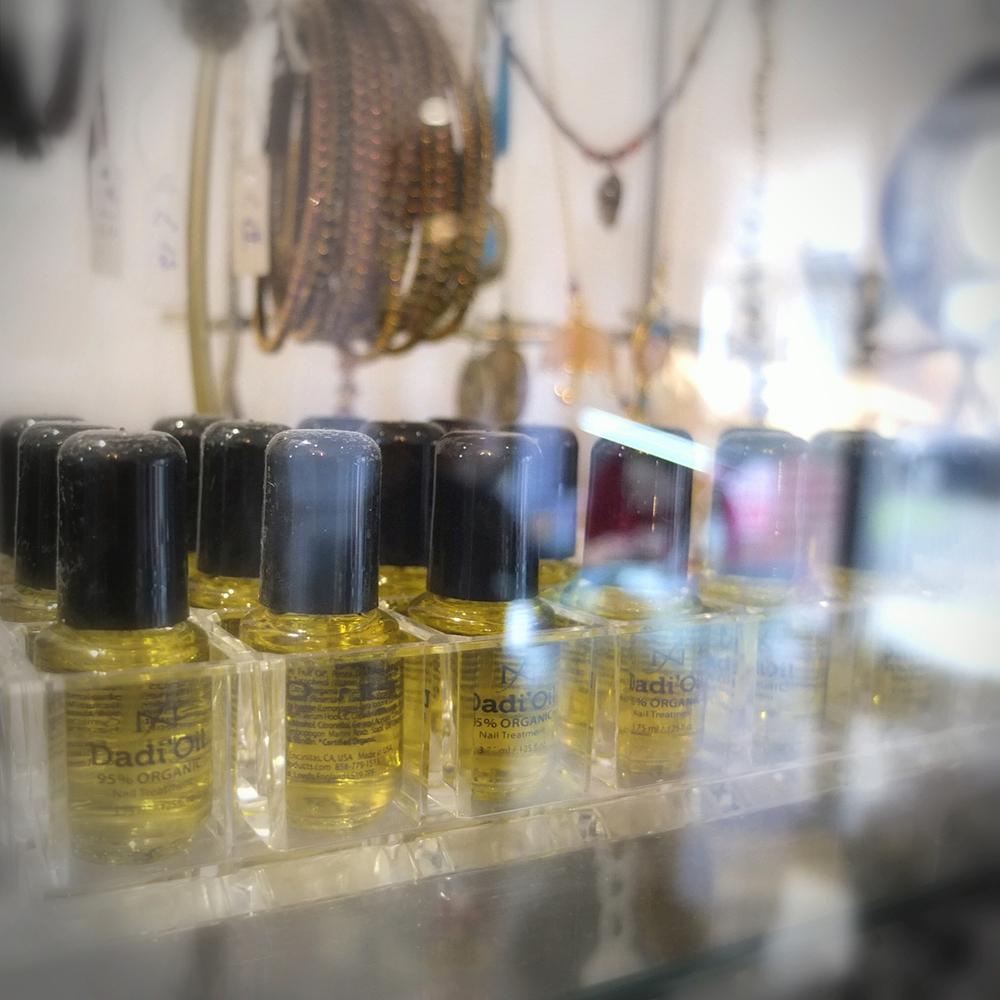 Dadi-Oil.jpg