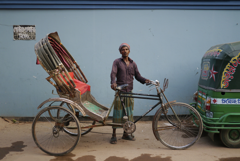 A typical Bangladeshi street scene, photo by Sadia Rafique