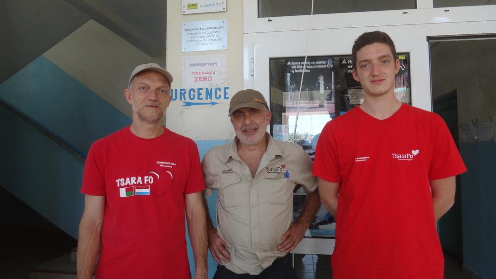 Marc Schroeder, Gilles Bivort, Jeff Schroeder de Poste Luxembourg en mission