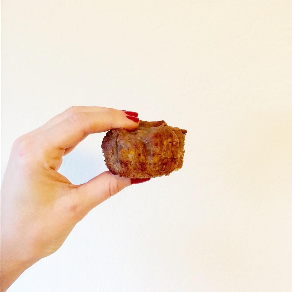 5-Ingredient Vegan, Gluten-Free Banana Nut Muffins