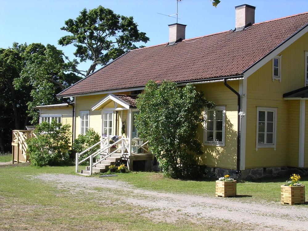 Gula Villan, Utö