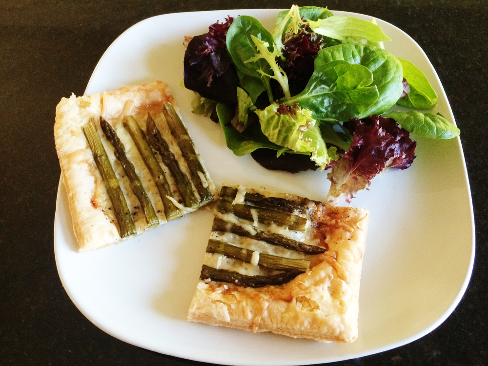 Asparagus tart recipe for the solar oven from the Solavore blog