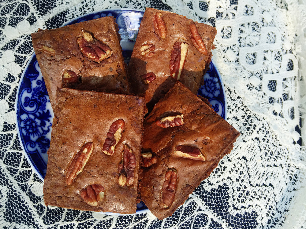 A foolproof solar oven brownie recipe from the Solavore blog