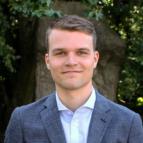 Gustav HolmgrenVD, Påhittsföretaget -