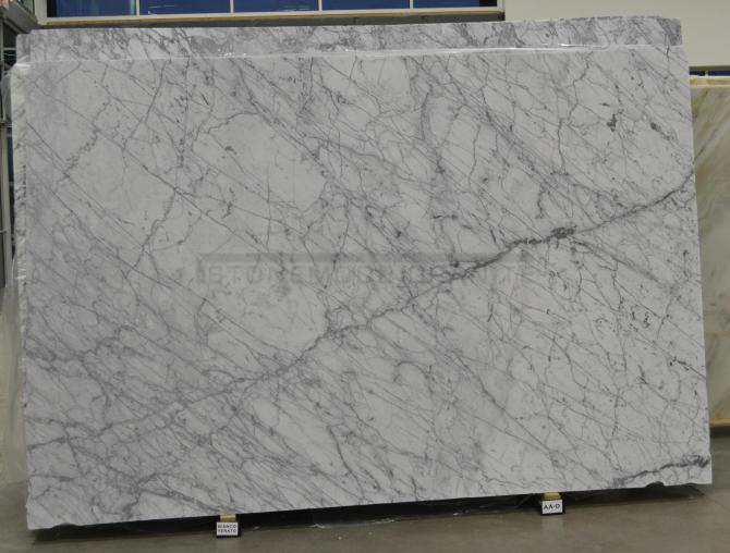 Bianco Venato Honed Marble