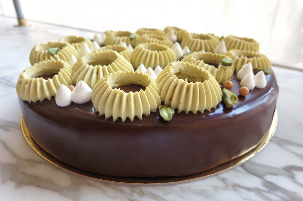 Chocolate Pistachio Cake3.JPG