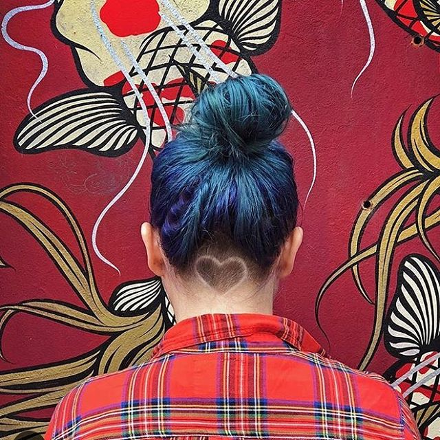 Hope your day is filled with looooove!! . . . #happyvalentinesday #heartundercut #bluehair #twilighthairsalon #sarahmillerhair #buzzcutfeed #undercut (I heart you @dimpleinator ❤️💋!!!)